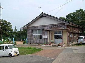 280px-Amarube-e-school-Misaki.jpg